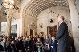 FODC Chairman Prince Amyn Aga Khan welcoming guests in the Vestibule of Honor